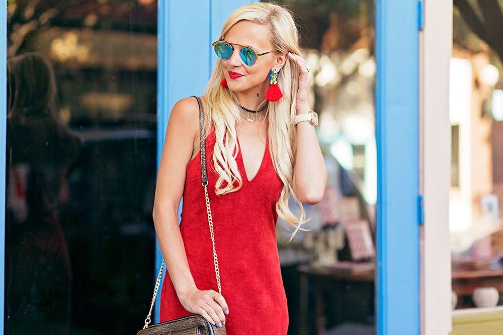 e778ee2ef8897c vandi-fair-blog-lauren-vandiver-dallas-texas-southern-fashion-blogger-the-styled-collection-red-halter-dress-suede-ramona-fringe-statement-earrings-blue-  ...